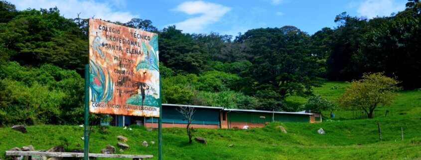 Hands-on learning through service in Costa Rica