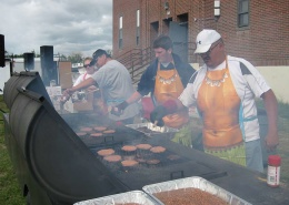 prepare meals as a volunteer on American Indian Reservation
