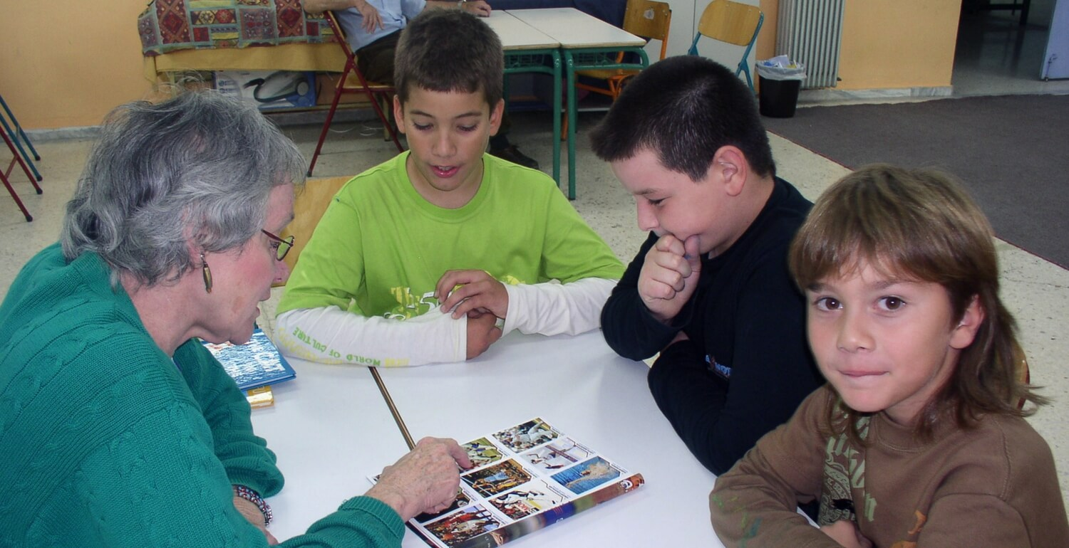 Teaching experience in Portugal and Greece