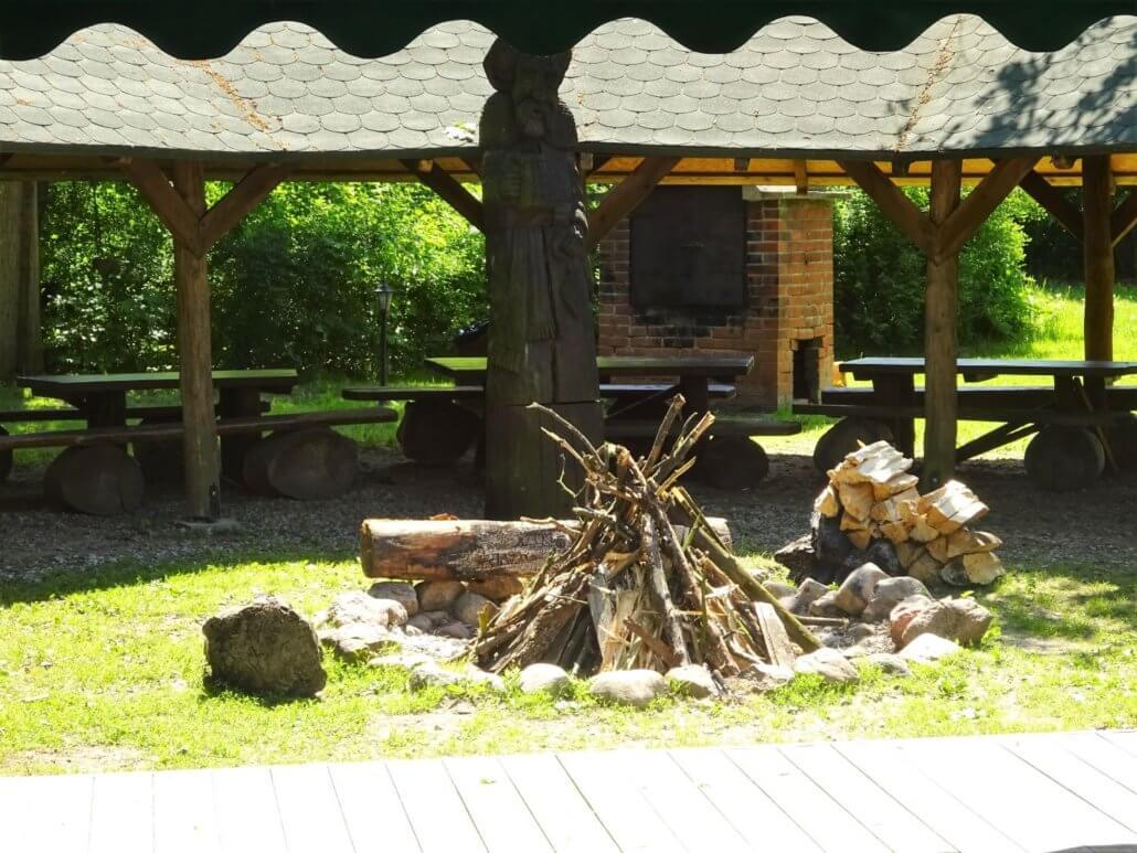 Campfire-at-Reymotowka